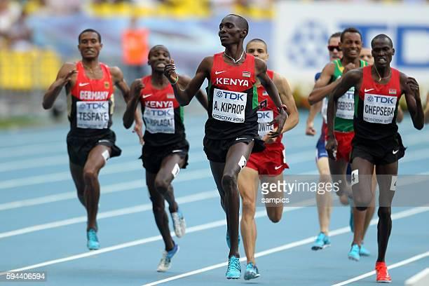 Meter metre final men Sieger Asbel Kiprop KEN Homiyu Tesfaye GER li Leichtathletik WM Weltmeisterschaft Moskau 2013 IAAF World Championships...
