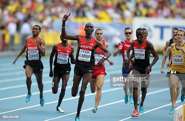 Meter metre final men Sieger Asbel Kiprop KEN Leichtathletik WM Weltmeisterschaft Moskau 2013 IAAF World Championships athletics moscow 2013 russia...