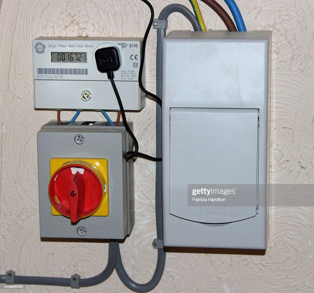 Solar Panel Fuse Box Getting Ready With Wiring Diagram Watt Hour Meter Todays Rh 13 9 Wwww Gealeague Today Ac