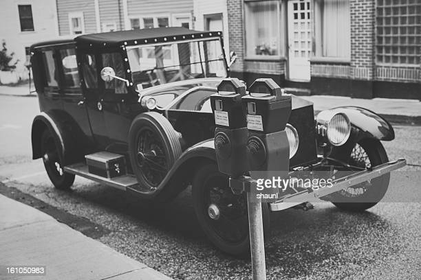 metered parking - 1920 car stock photos and pictures