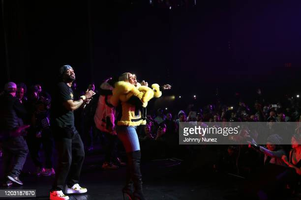 Method Man and Mary J Blige perform at the Loud Records 25th Anniversary Concert at Radio City Music Hall on January 30 2020 in New York City