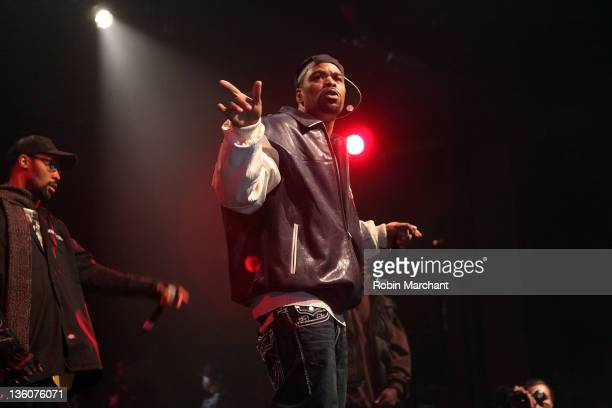 Method Man of Wu-Tang Clan performs at Best Buy Theater on December 18, 2011 in New York City.