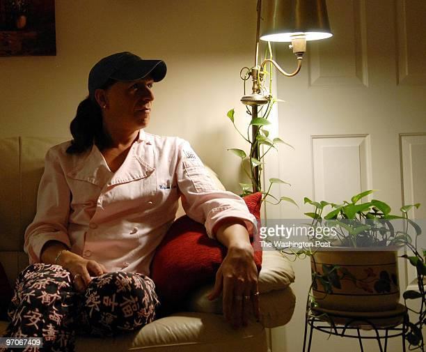me/transgender DATE November 9 2007 NEG# 195761 CREDIT Ricky Carioti / TWP Home of Maryanne Arnow in Germantown Md EDITOR Remote Maryanne Arnow of...