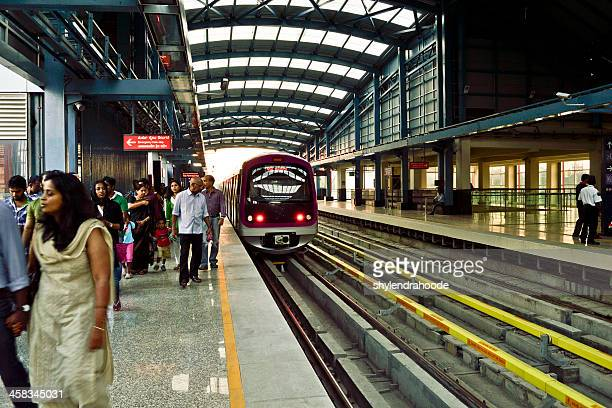 metro railwaystation in bangalore - bangalore stock pictures, royalty-free photos & images