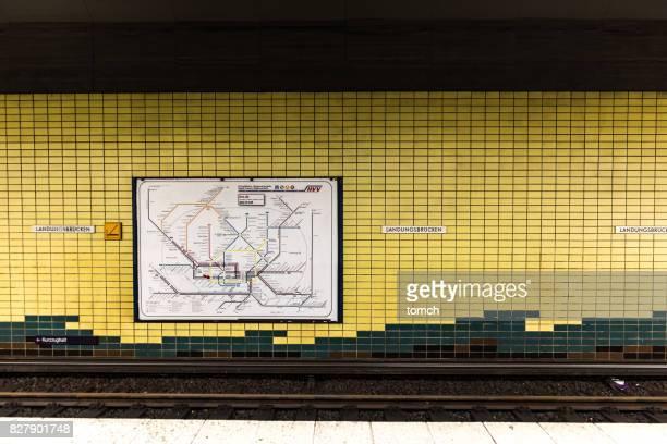 Metro Systems an der u-Bahn-Station Landungsbrucken, Hamburg