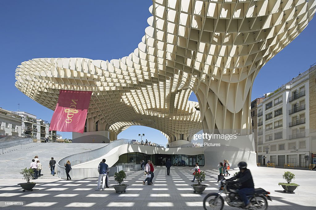 Metropol Parasol, Plaza De La Encarnación, Sevilla, Andalucia, Spain Architect:  Jürgen Mayer H Architects 2011 Metropol Parasol, Seville, Spain : News Photo