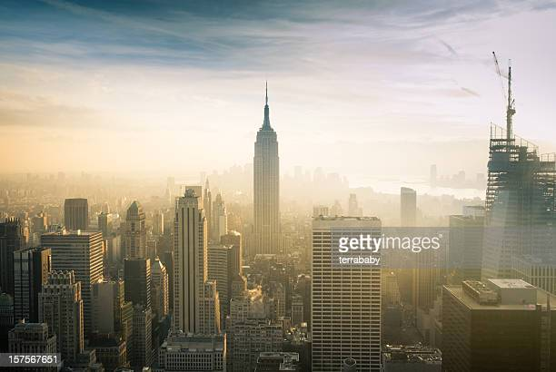 metropolitan cityscape new york - smog stock pictures, royalty-free photos & images