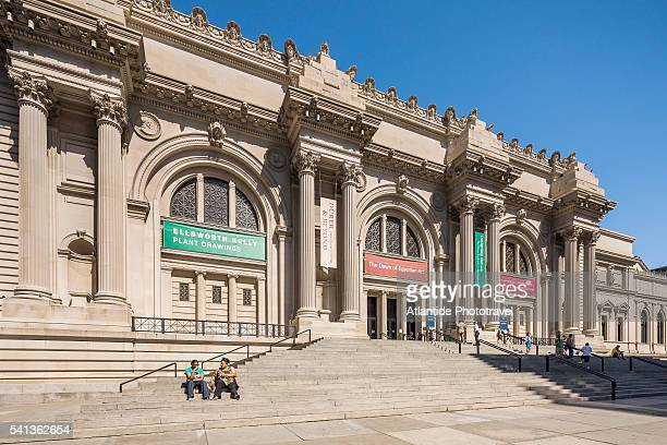 metropolitan museum of art - metropolitan museum of art new york city stock pictures, royalty-free photos & images