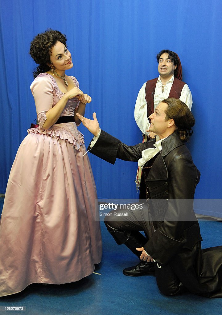 Metropolitan Opera stars Isabel Leonard, Rodion Pogossov and Alek Shrader perform 'The Barber Of Seville' at the Kravis Children's Hospital at Mount Sinai Medical Center on December 19, 2012 in New York City.