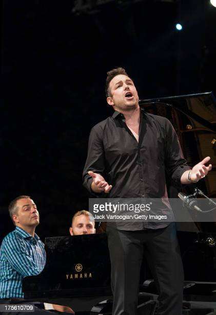 Metropolitan Opera tenor Stephen Costello sings the aria 'Ah levetoi soleil' from Charles Gounod's 'Romeo et Juliette' at the fifth annual...