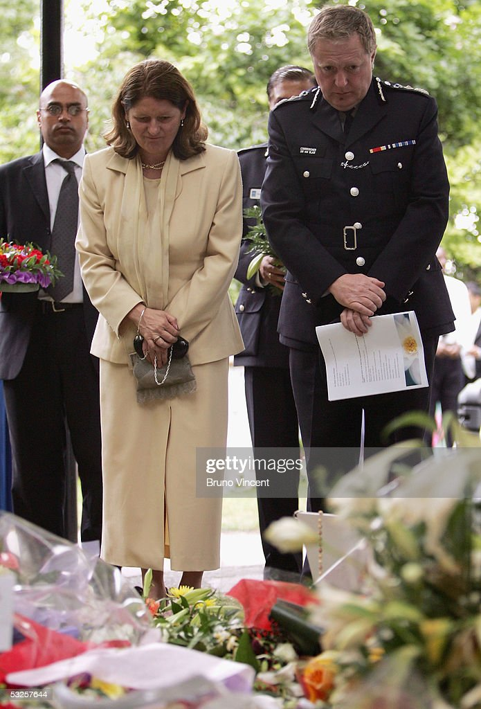 Metropolitan Police Commissioner Sir Ian Blair attends a memorial service in Victoria Embankment Gardens to remember those that were killed or injured in the London transport terror attacks July 19, 2005 in London. On July 7, 2005 four seperate explosions on the London transport network left at least 54 people dead and around 700 injured.