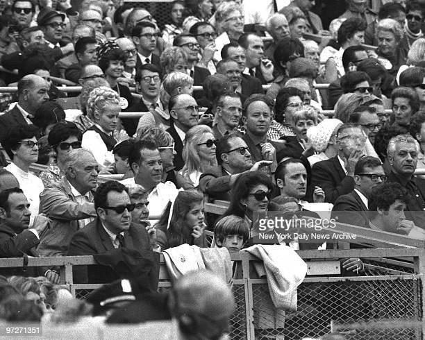 Y Mets vs Baltimore Orioles 1969 World Series Jacqueline Kennedy Onassis with husband Aristotle and children John Kennedy Jr and Caroline Kennedy