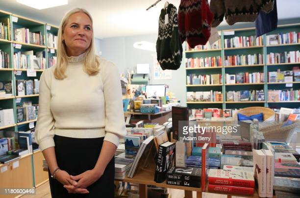 MetteMarit Crown Princess of Norway visits the Pankebuch Nordic bookshop on October 12 2019 in Berlin Germany Norway is the partner country of the...