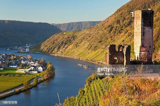 metternich castle, beilstein & mosel river germany - fluss mosel stock-fotos und bilder