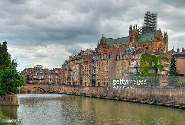 metz cathedral - lorraine stock pictures, royalty-free photos & images