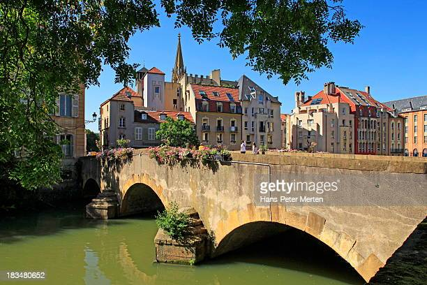 metz, france, pont de roches, old town - lorraine stock pictures, royalty-free photos & images