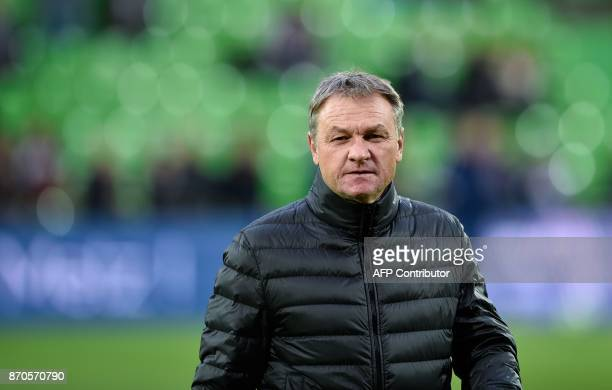 Metz' French head coach Frederic Hantz is pictured during the French Ligue 1 football match between Metz and Lille on November 5 2017 at Saint...