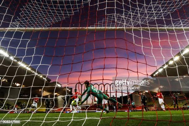 TOPSHOT Metz' Japanese goalkeeper Eiji Kawashima controls the ball during the French L1 football match Monaco versus Metz on January 21 2018 at the...