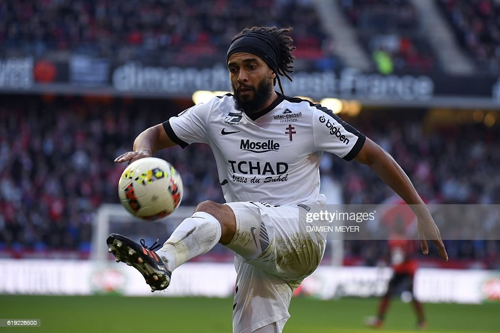 fbl-FRA-LIGUE1-RENNES-METZ : News Photo