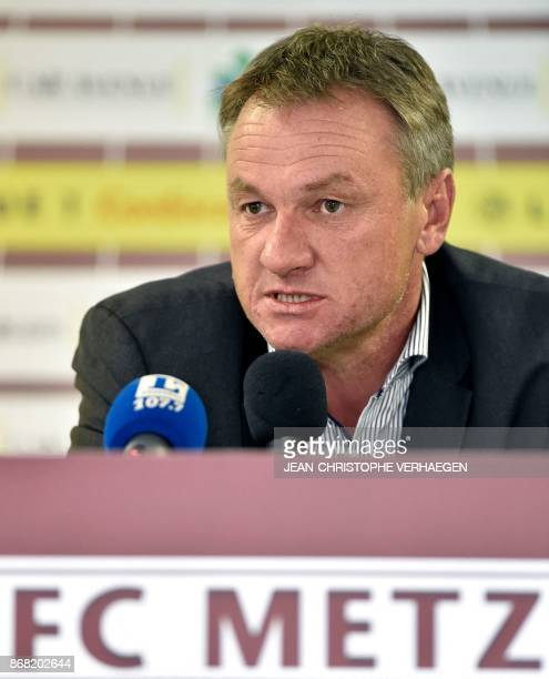 Metz's newly appointed French headcoach Frederic Hantz gives a press conference on October 30 2017 at the Saint Symphorien stadium in...