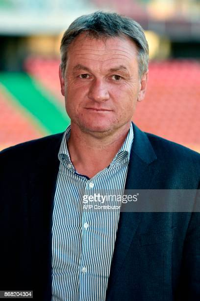 Metz's newly appointed French headcoach Frederic Hantz poses for photographs prior to a press conference on October 30 2017 at the Saint Symphorien...