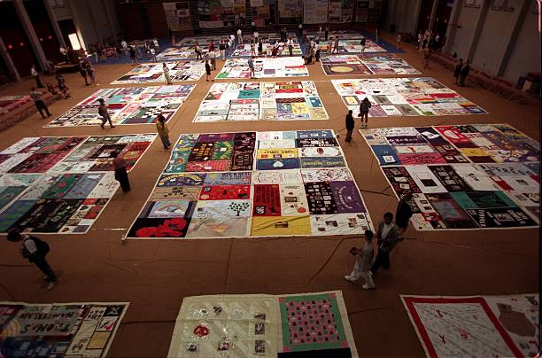 ME.WE.Aids Quilt.2.0415.IS.800 panels of the NAMES project, Aids ... : names project quilt panels - Adamdwight.com