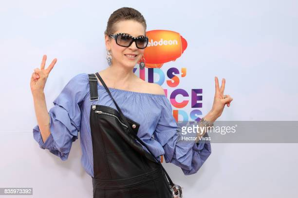 Mexican actress Edith Gonzalez poses for pictures during the Kids Choice Awards Mexico 2017 Orange Carpet at Auditorio Nacional on August 19 2017 in...