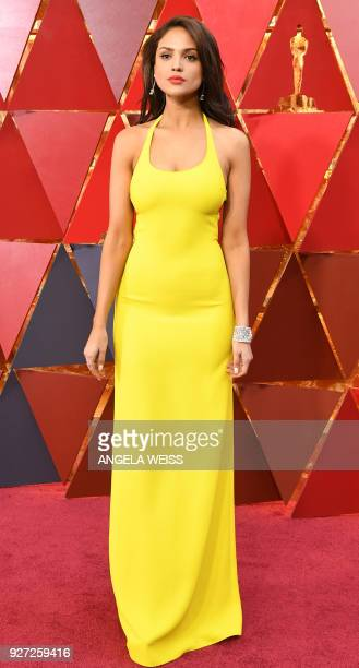 Mexican actress Eiza Gonzalez arrives for the 90th Annual Academy Awards on March 4 in Hollywood California / AFP PHOTO / ANGELA WEISS