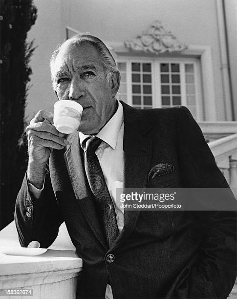 Mexican American actor Anthony Quinn 1990