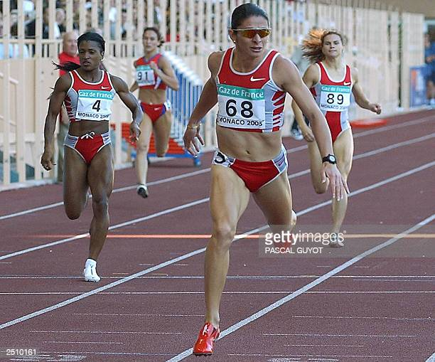 Mexican Ana Guevara wins the 400 metres event with a time of 49 sec 34 14 September 2003 at the Louis II stadium in Monaco during the World Athletics...