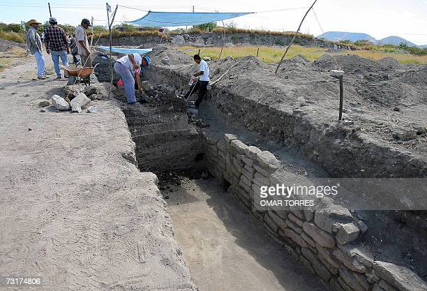 Mexican archaeologists from the National Institute of Anthropology and History work on the ceremonial centre of Zazacatla's preHispanic city 01...