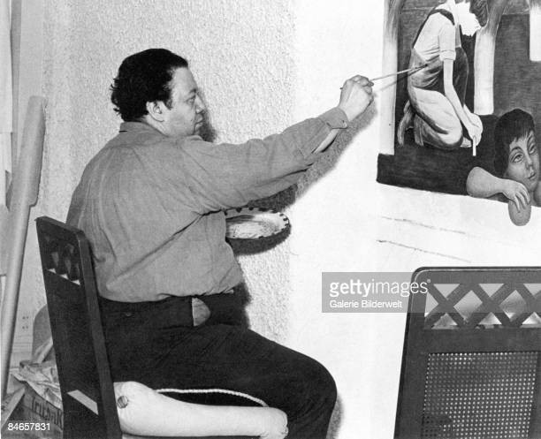 Mexican artist Diego Rivera at work in Mexico circa 1930