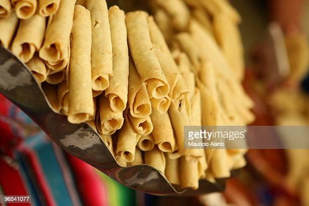 mexican beef tacos, flautas, enchiladas - monterrey mexico fotografías e imágenes de stock