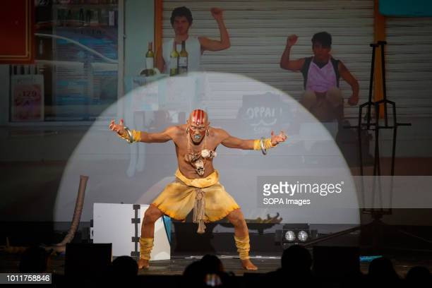 Mexican cos player seen performing Cos players from 36 different countries gathered in Nagoya to perform during the annual Cos play summit in central...