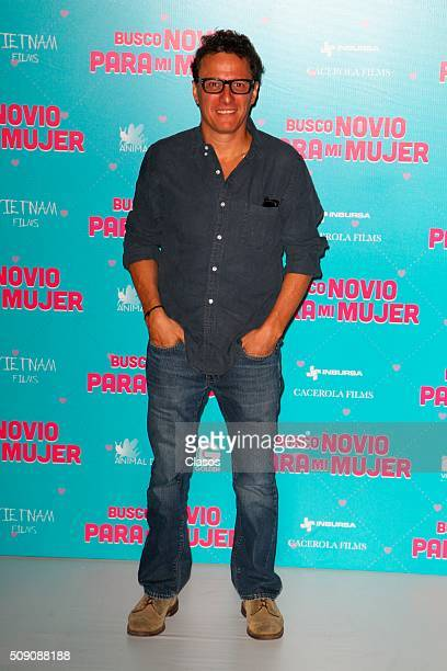 Mexican director Enrique Begne poses for pictures during a press conference of the film 'Busco novio para mi mujer' at Universidad square on February...