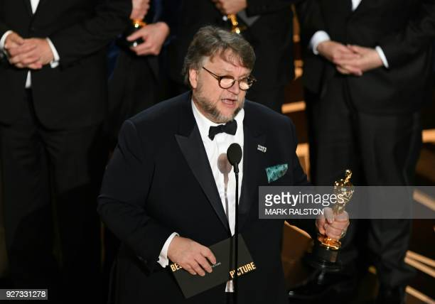 TOPSHOT Mexican director Guillermo del Toro delivers a speech after he won the Oscar for Best Film for 'The Shape of Water' during the 90th Annual...