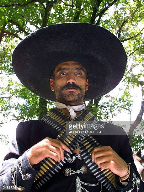 Mexican folk singer and actor Alejandro Fernandez takes on the role of Emiliano Zapata during the filming of the movie Zapata at the village of...