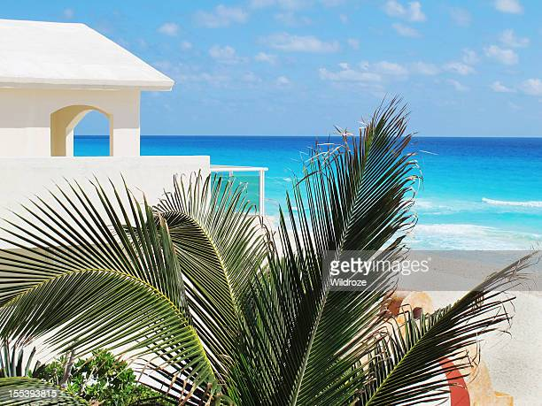 Mexican holiday villa on Cancun beach
