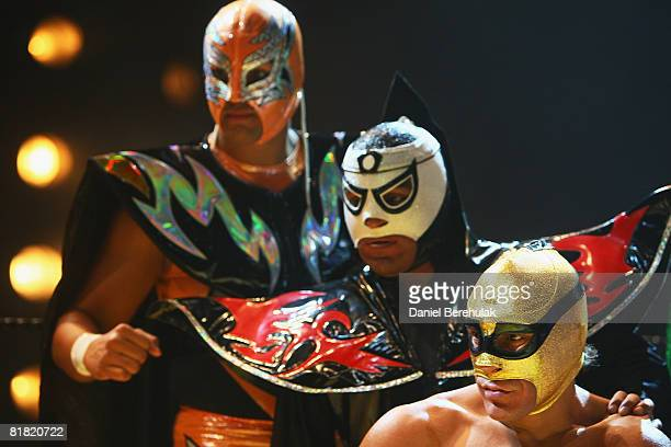 Mexican Lucha Libre wrestlers prepare pose for media during a press call on July 3 2008 in London England The Lucha Libre authentic Mexican free...