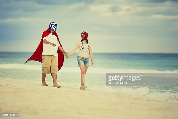メキシコ luchadores のハネムーン - プロレス ストックフォトと画像