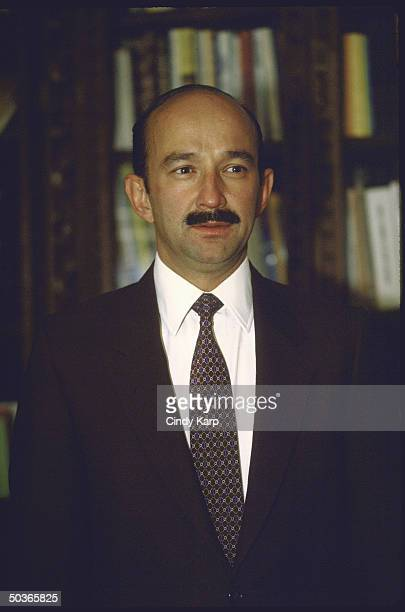 Mexican Minister of Planning and potential presidential candidate Carlos de Salinas Gortari posing for a picture.
