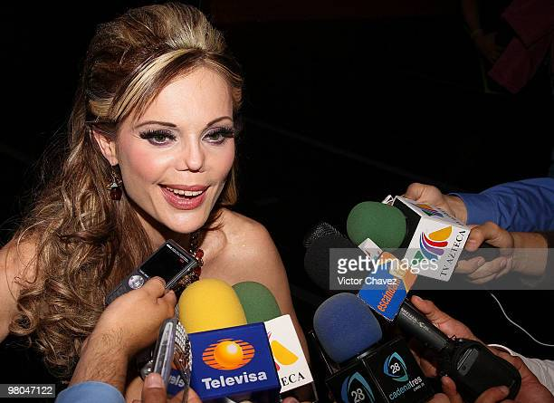 Mexican model Carmen Campuzano speaks with the press during the La Vill Autumn/Winter 2010 fashion show at Casino Life on March 24 2010 in Mexico...