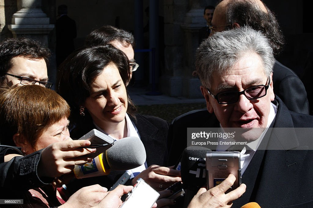 Mexican novelist Jose Emilio Pacheco Berny is interviewed as he attends the Cervantes Prize ceremony to receive the Miguel de Cervantes Award at Alcala de Henares University on April 23, 2010 in Madrid, Spain. The 'Miguel Cervantes Award' is considered the most important award in Spanish literature.