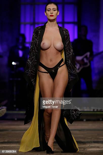 Mexican Playmate Alejandra Guilmant walks the runway at Marika Vera show during MercedesBenz Fashion Week Mexico Spring/Summer 2017 on October 10...