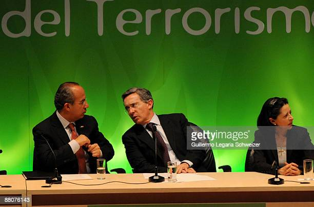 Mexican President Felipe Calderon Colombian President Alvaro Uribe and Colombian First Lady Lina Moreno during the closure of the 5th Terrorism...