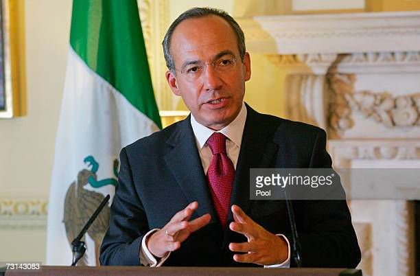 Mexican President Felipe Calderon makes a speech at 10 Downing Street on January 29 2007 in London England Calderon who is currently on a sixday...