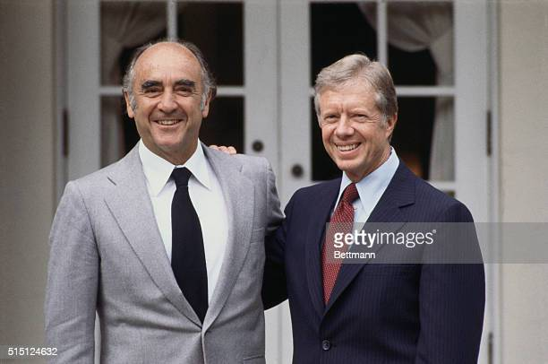 Mexican President Jose Lopez Portillo in the United States for a two day visit is welcomed by President Jimmy Carter at the White House