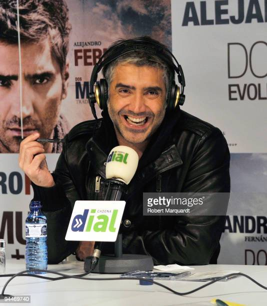 Mexican Singer Alejandro Fernandez attends a press conference with 25 lucky fans to promote his latest work at the Cadena Radio Barcelona on December...