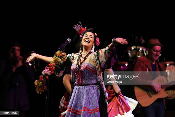 Mexican singer Lila Downs performs during a show at ATT Performing Arts Center on October 06 2017 in Dallas Texas