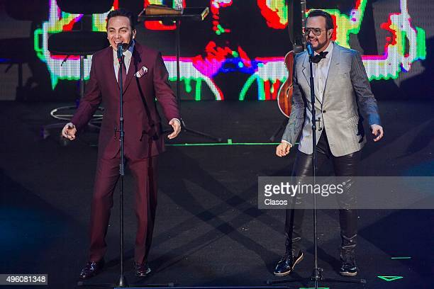 Mexican singers Aleks Syntek and Cristian Castro perform during a show as part of their tour 'La Gira' at Auditorio Nacional on November 05 2015 in...